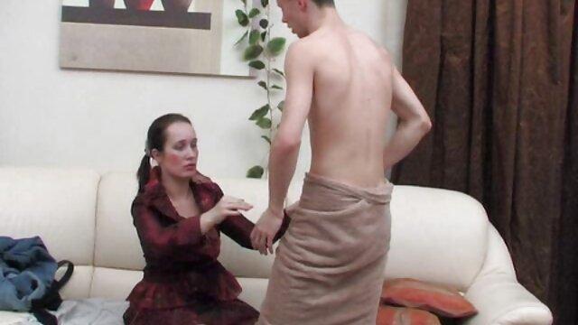 شکاف انگشت گذاری مادر فیلم سکسی زنهای عرب بیدمشک با کیرمصنو در محفظه قطار